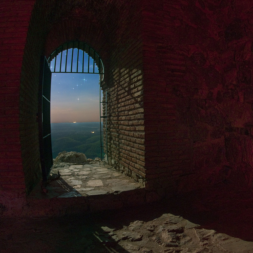 parque-naiconal-de-monfrague,-castillo-arabe