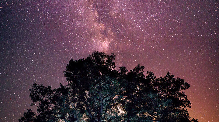 paisaje de estrellas que ofrecen sensaciones increíbles en Extremadura